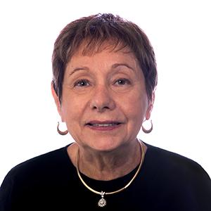 Janet Romano headshot